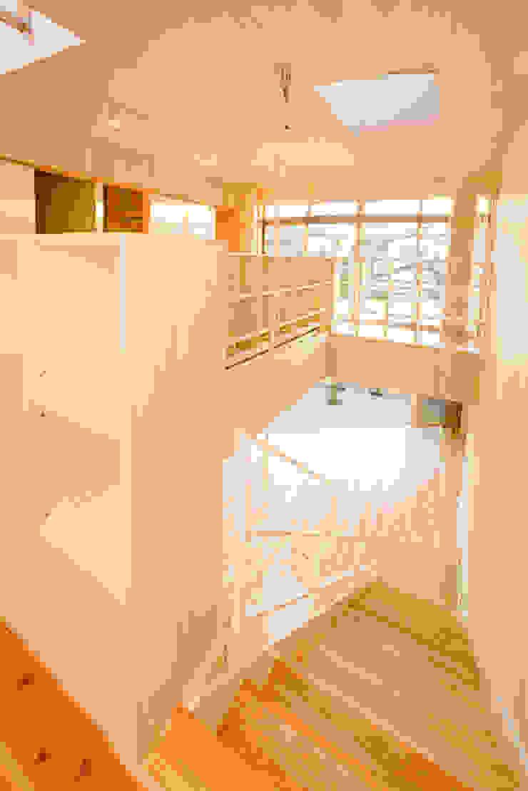 階段 オリジナルスタイルの 玄関&廊下&階段 の 松下建築設計 一級建築士事務所/Matsushita Architects オリジナル