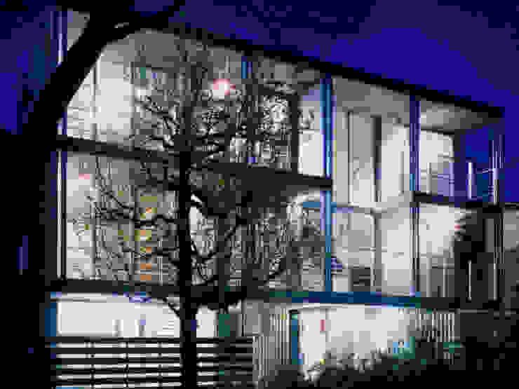 ユミラ建築設計室 Casas modernas