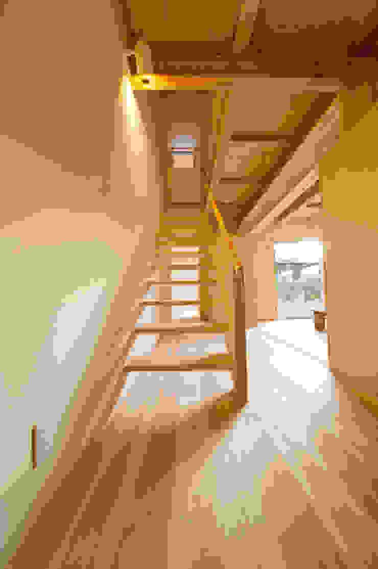 . 和風の 玄関&廊下&階段 の 渡辺浩二 設計室 和風