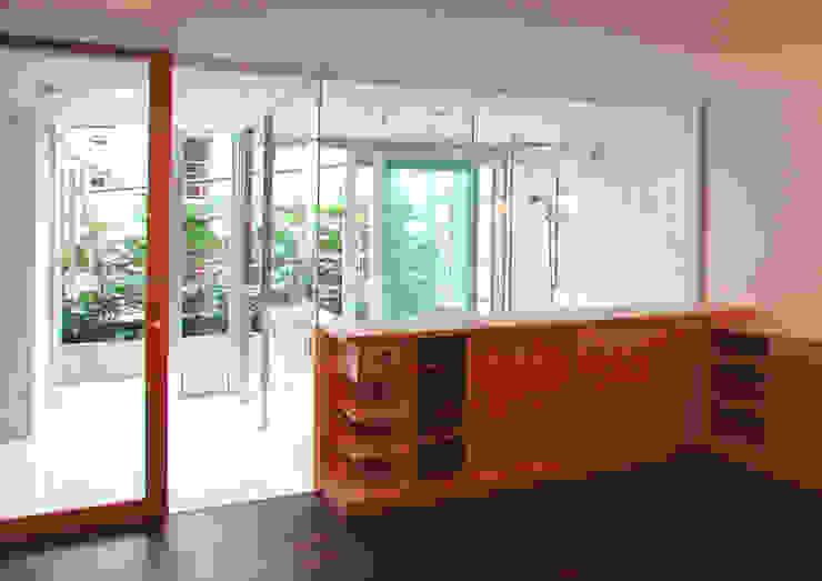 緑の環境と住宅 モダンスタイルの寝室 の ユミラ建築設計室 モダン