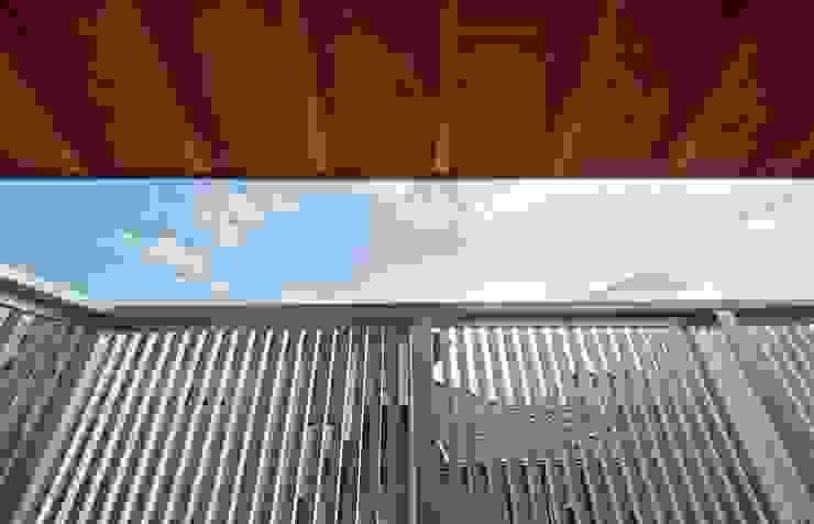 . 和風デザインの テラス の 渡辺浩二 設計室 和風