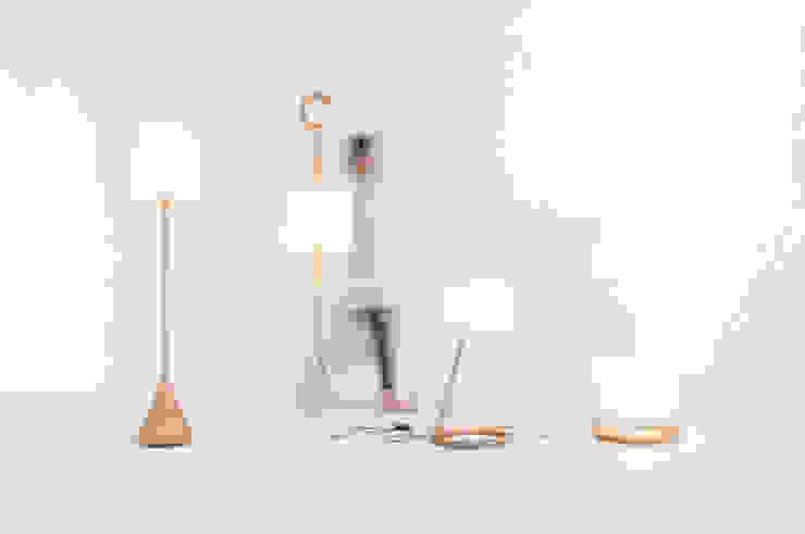 TRANS LAMP: Kairi Eguchi Designが手掛けた現代のです。,モダン
