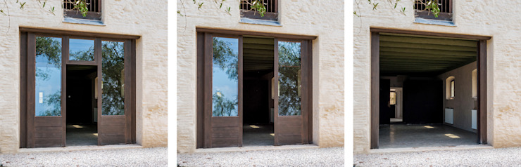 Minimalist windows & doors by Studio Athesis Minimalist