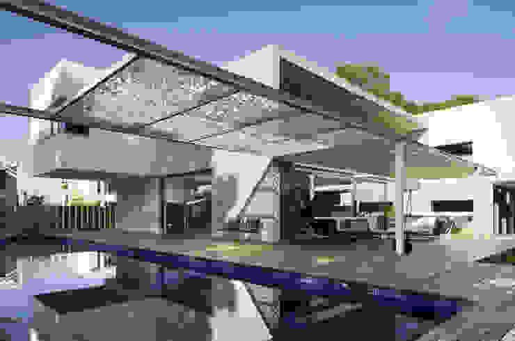 Casa D&E Piscinas de estilo mediterráneo de sanahuja&partners Mediterráneo