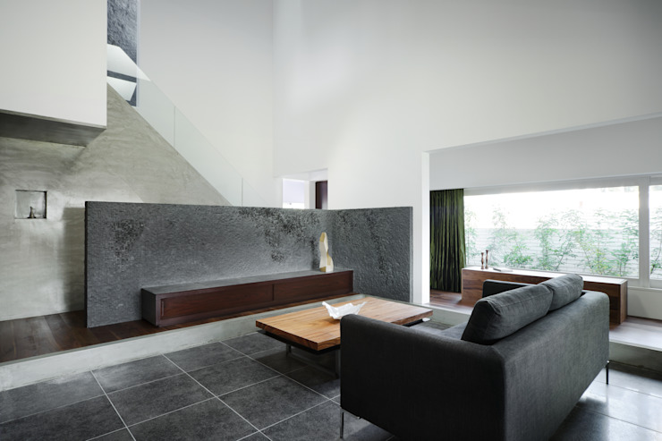 House of Representation: Form / Koichi Kimura Architectsが手掛けたリビングです。,モダン