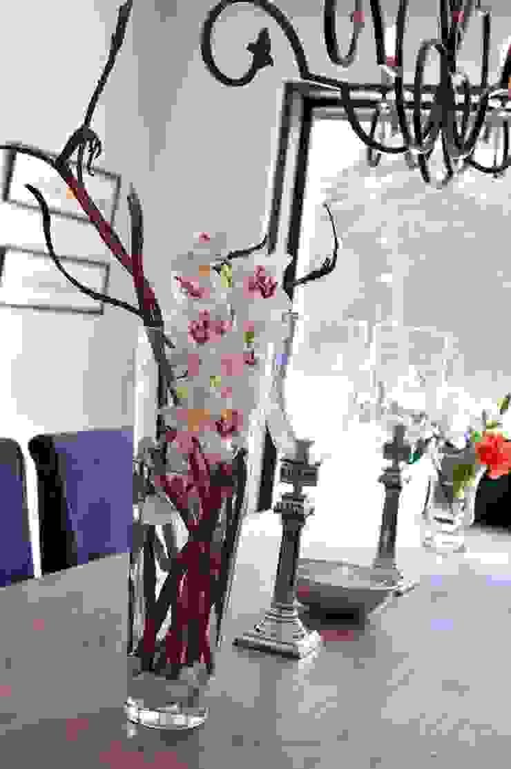 EK HOUSE SAKLIKORU Eclectic style dining room by Esra Kazmirci Mimarlik Eclectic