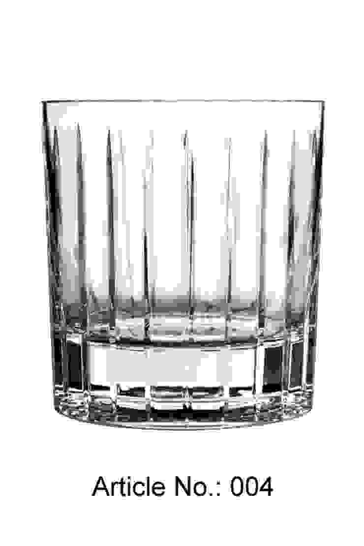 Selbstrotierdender Whiskey Tumbler: modern  von Shtox Production ,Modern