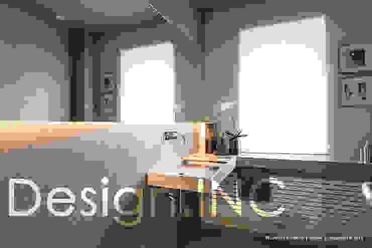 IN-OUT Bagno moderno di Design.inc Moderno