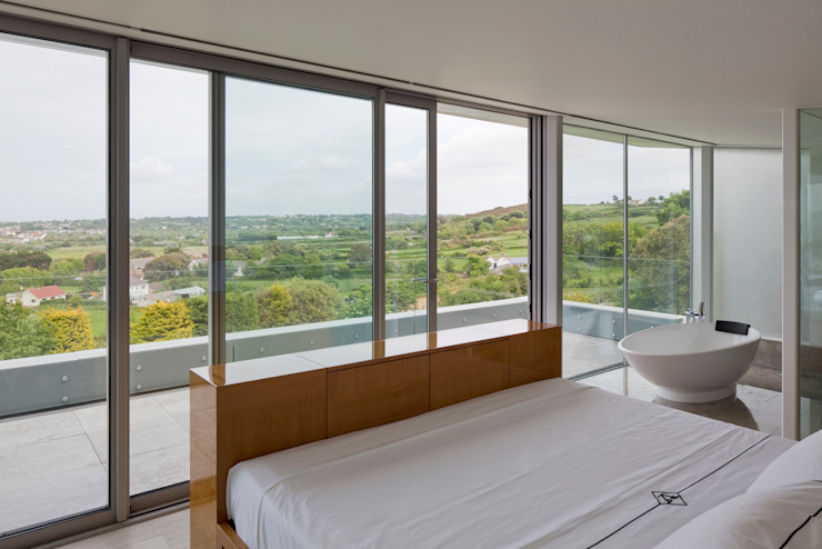 Bedroom by JAMIE FALLA ARCHITECTURE