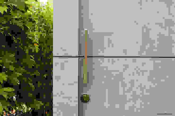 design gartenhaus @gart - Augsburg Moderner Garten von design@garten - Alfred Hart - Design Gartenhaus und Balkonschraenke aus Augsburg Modern Holz-Kunststoff-Verbund