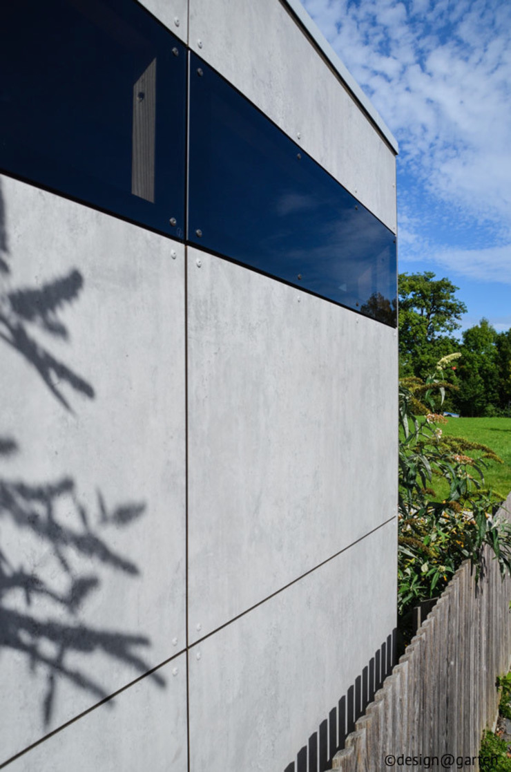 gartenhaus @gart - sichtbeton Moderner Garten von design@garten - Alfred Hart - Design Gartenhaus und Balkonschraenke aus Augsburg Modern Holz-Kunststoff-Verbund