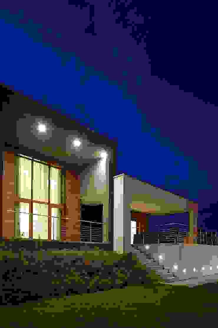 Minimalist style garden by M A+D Menzo Architettura+Design Minimalist