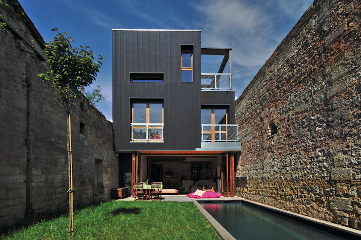 by ATELIER D'ARCHITECTURE BAOBAB