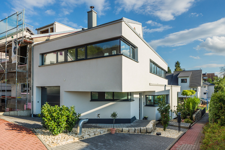 Fanned House - Single Family House in Weinheim, Germany Modern Houses by Helwig Haus und Raum Planungs GmbH Modern