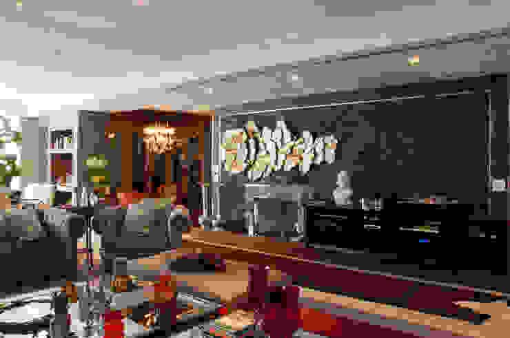 Cliente G Salas de estar clássicas por Link Interiores Clássico