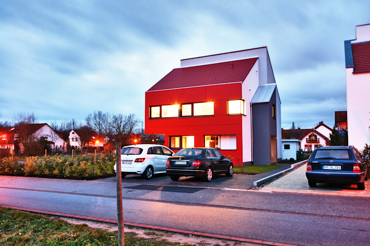 Single Family House in Heppenheim, Germany Modern houses by Helwig Haus und Raum Planungs GmbH Modern