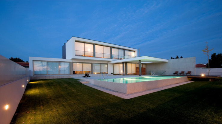 GC House 모던스타일 주택 by Atelier d'Arquitetura Lopes da Costa 모던