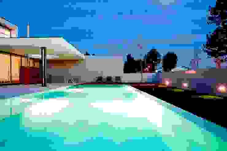 GC House Modern Houses by Atelier Lopes da Costa Modern