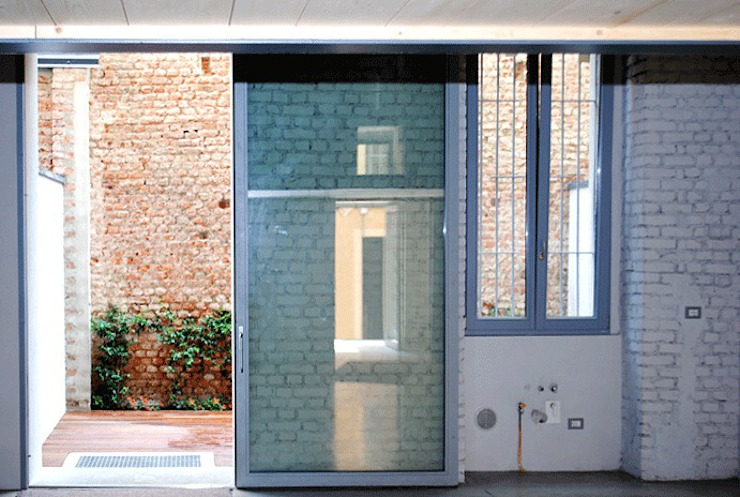 Lofts Lambrate:  in stile industriale di Moodern, Industrial