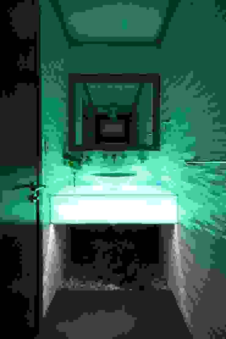 Losanto Arquitectos Baños de estilo moderno