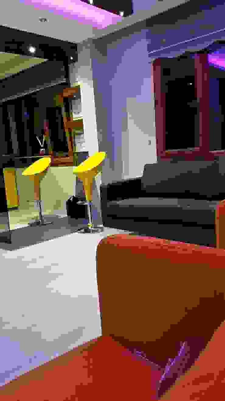 ROAS Mimarlık – Oturma Bölümü: modern tarz , Modern