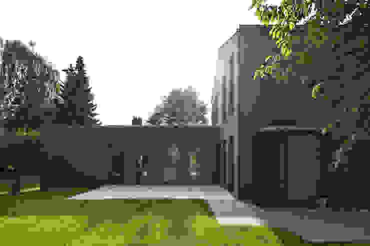 Haus SLM Moderne Häuser von archequipe Modern