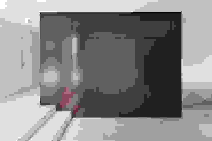 Haus SLM Moderne Wände & Böden von archequipe Modern