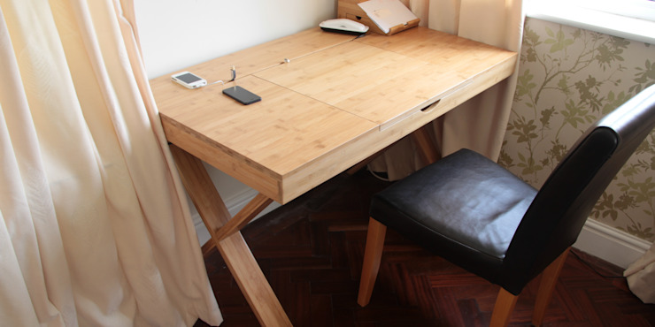 Cable-Tidy Home Office Desk: asian  by Woodquail, Asian