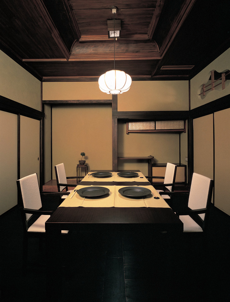 Yudonoan bởi (株)岩倉榮利造形開発研究所