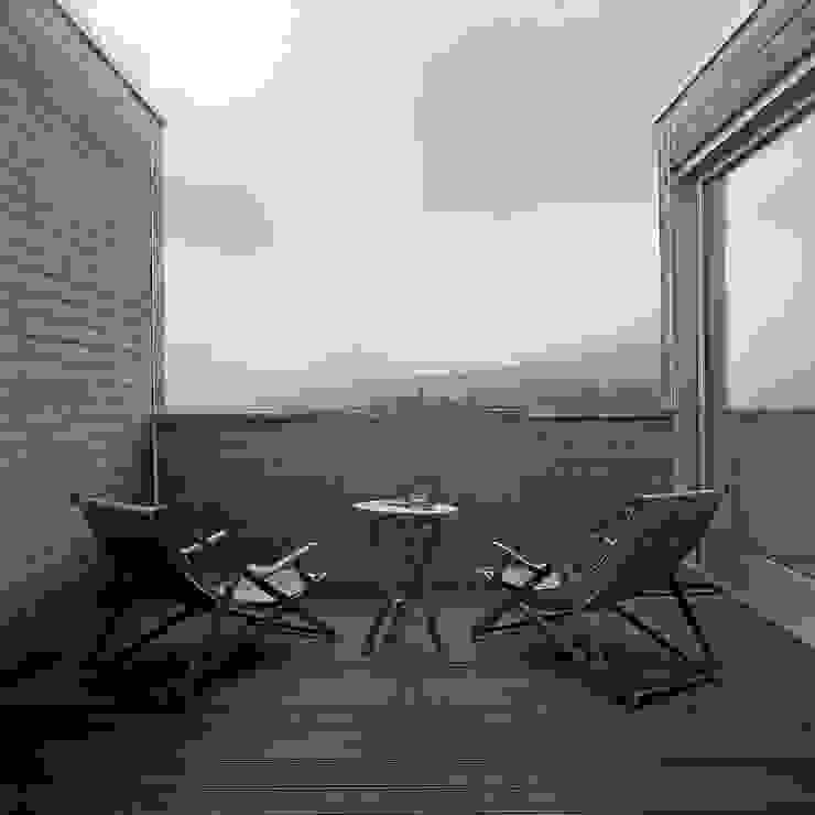 case Bircat Balcone, Veranda & Terrazza in stile minimalista di Cattaneo Brindelli architetti associati Minimalista