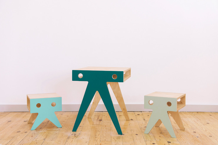 THE WALRUS FAMILY de NIMIO · muebles que buscan personas Moderno