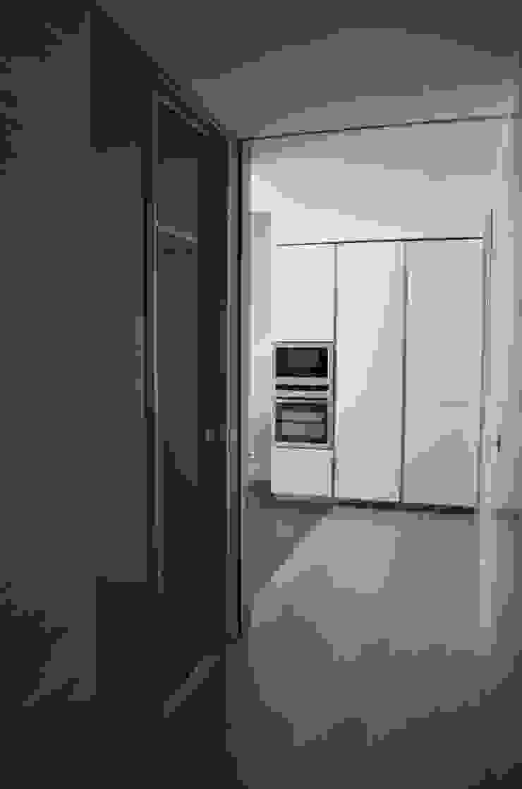 Appartamento a Milano Case moderne di Anna Costella Architetto Moderno