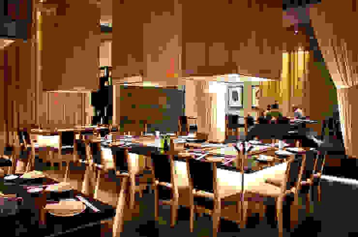 SATO Restaurante de Taller5 Arquitectos