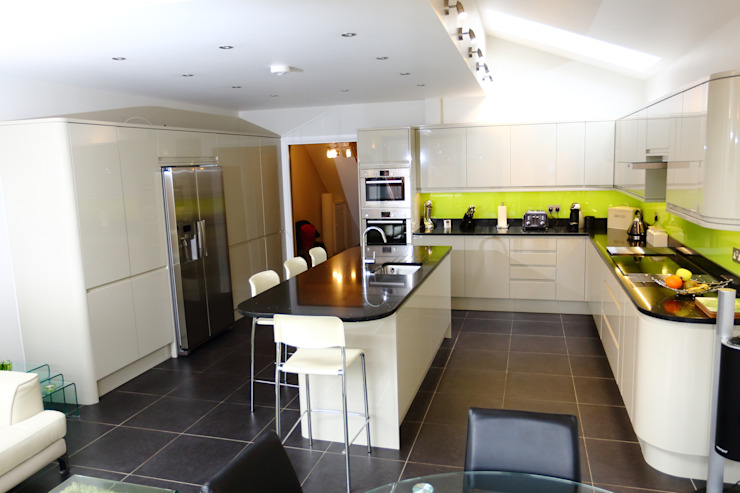 Single Storey Extension, Roxborough Rd II London Building Renovation Modern kitchen