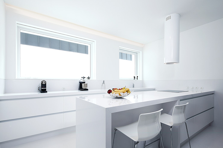 Modern Kitchen by Barbosa & Guimarães, Lda. Modern