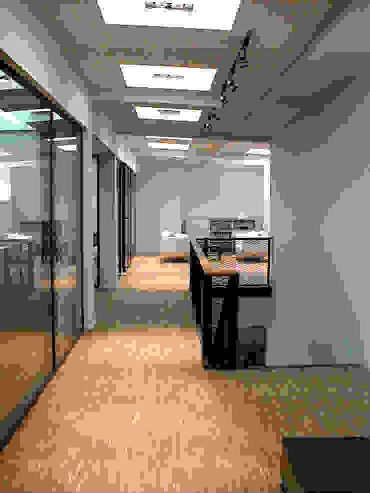 by WAF Architekten Modern
