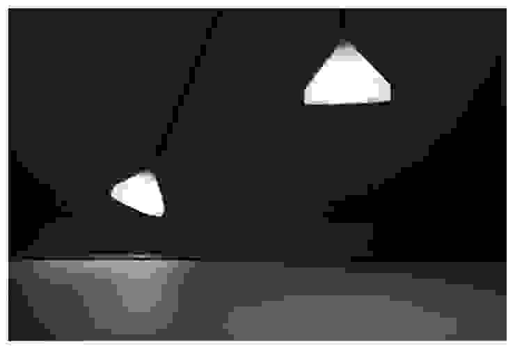 lámpara L de Flu-or Minimalista