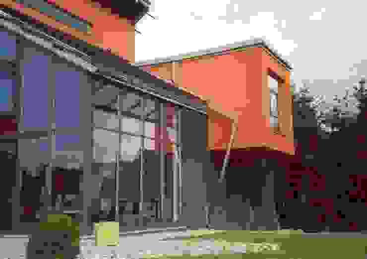 HOME DESIGN 1 Industriale Häuser von Planungsbüro GAGRO Industrial