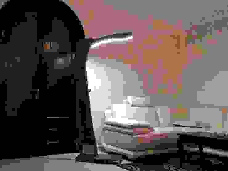 Piantana 'Albero di Luce' di CatturArti design Lab