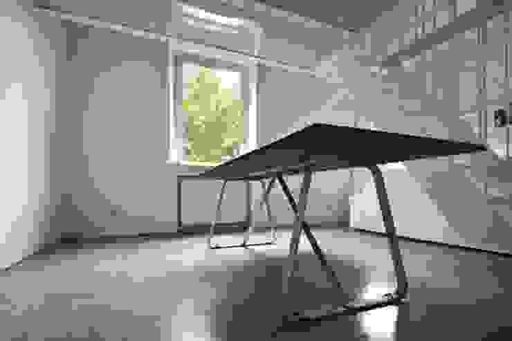MINI FLAT PARIOLI Sala da pranzo minimalista di lad laboratorio architettura e design Minimalista