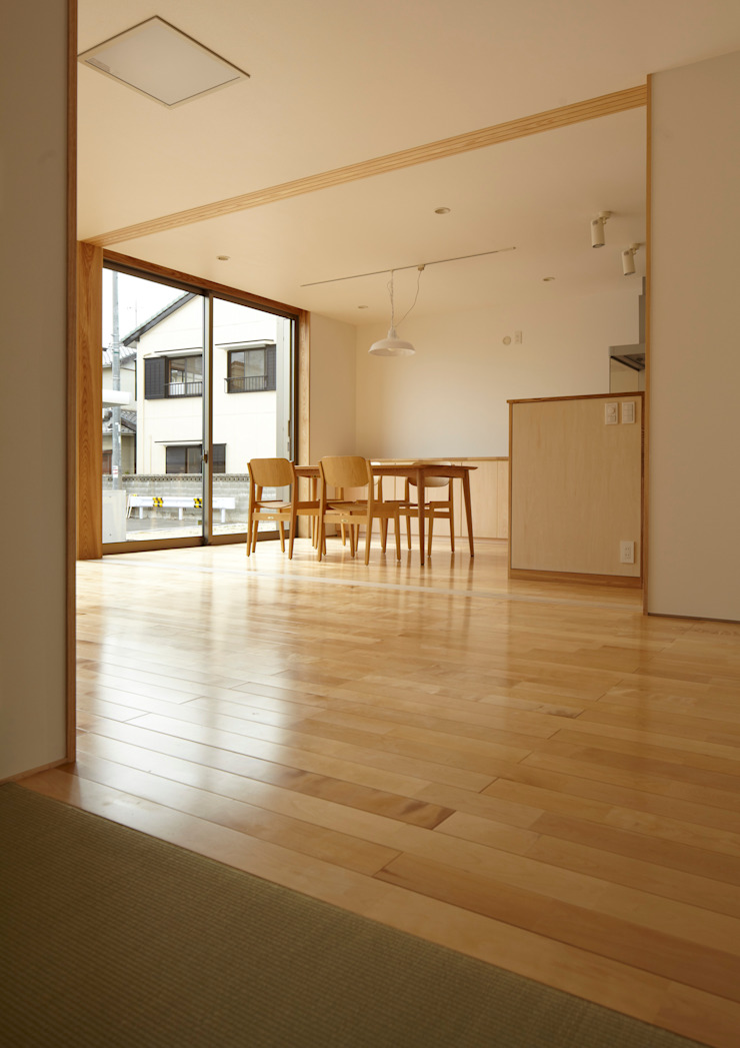 LDK オリジナルデザインの リビング の Osamu Sano Architect & associates オリジナル