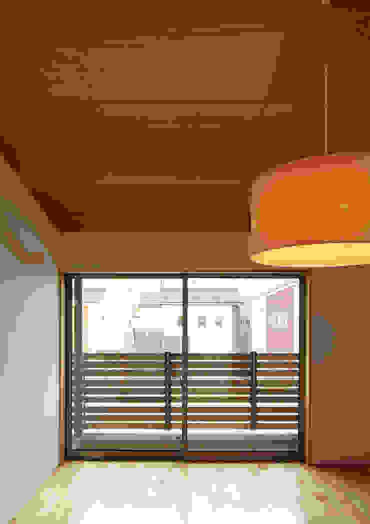 寝室 オリジナルな 家 の Osamu Sano Architect & associates オリジナル