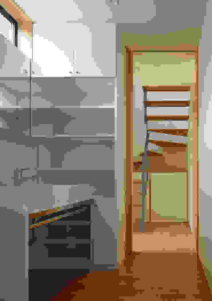 洗面所 オリジナルスタイルの お風呂 の Osamu Sano Architect & associates オリジナル