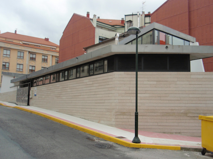 Guardería en Arcade, Soutomaior Escuelas de estilo moderno de MUIÑOS + CARBALLO arquitectos Moderno