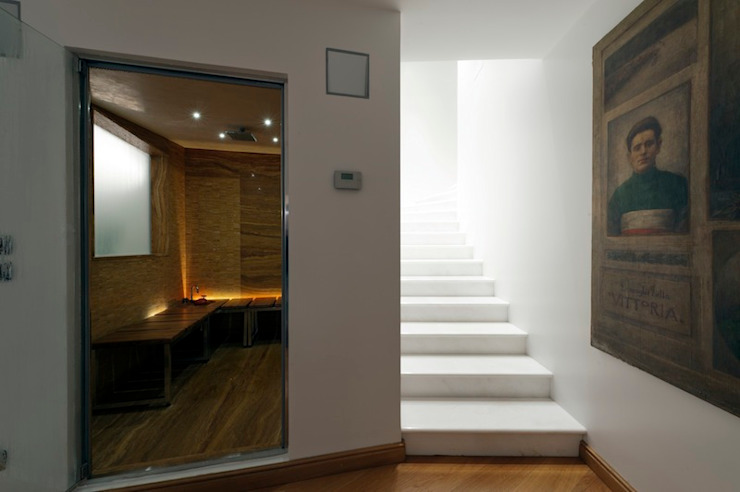 Moderner Flur, Diele & Treppenhaus von studiodonizelli Modern