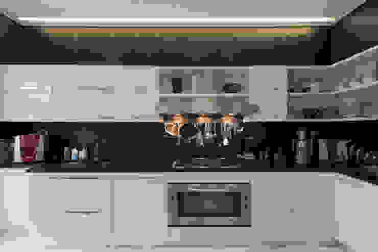 Casa Joe - cucina Cucina moderna di studiodonizelli Moderno
