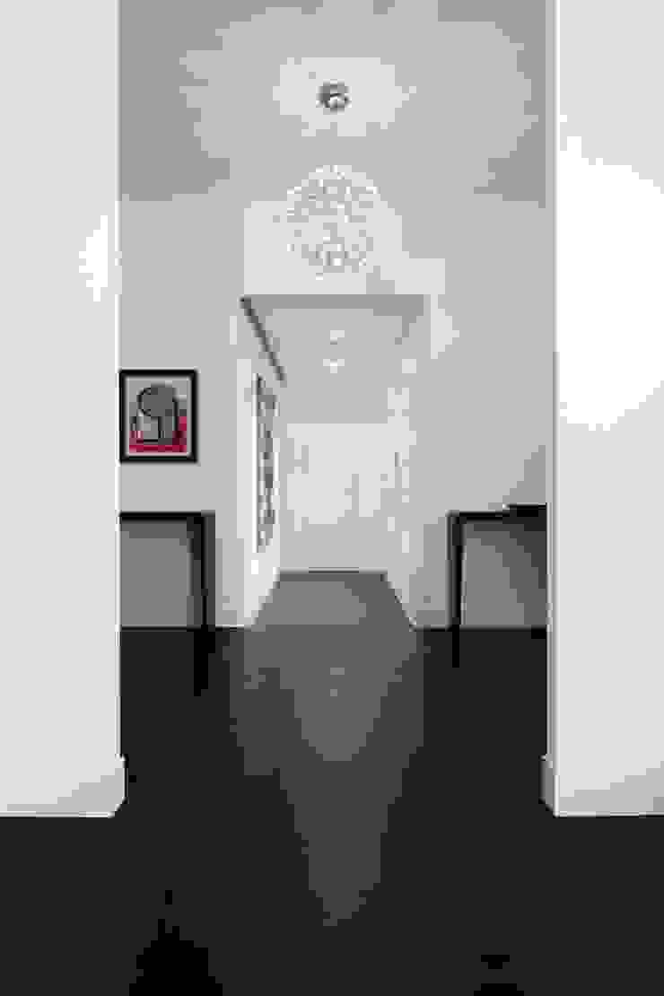 Modern Corridor, Hallway and Staircase by ANG42 Modern