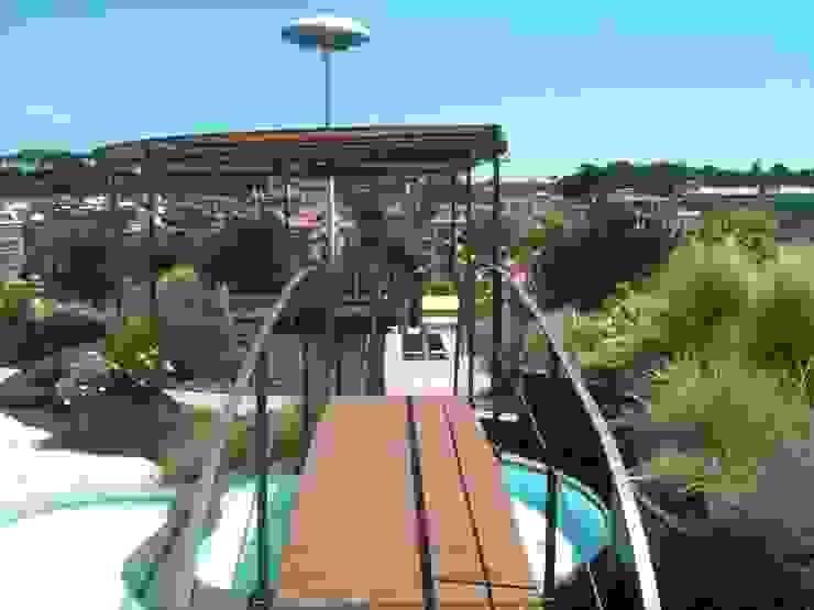 Balcon, Veranda & Terrasse classiques par sabigarden Classique