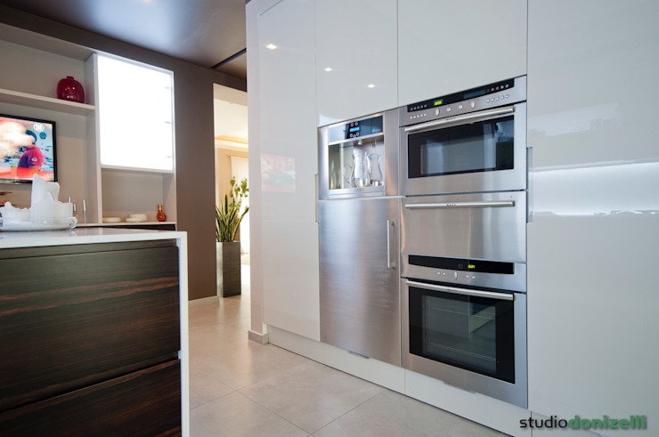 Casa Carilla - Cucina di studiodonizelli Moderno