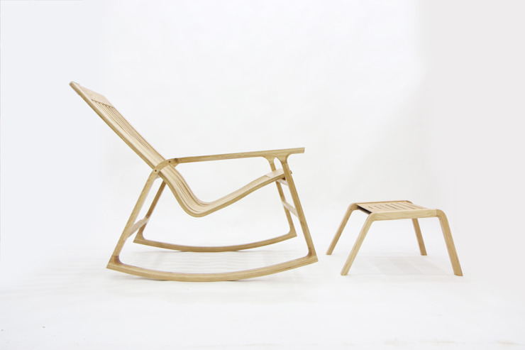 Kinetic Line_Rocking Chair: ARTIZAC의 현대 ,모던